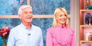 Holly Willoughby Pink jumper