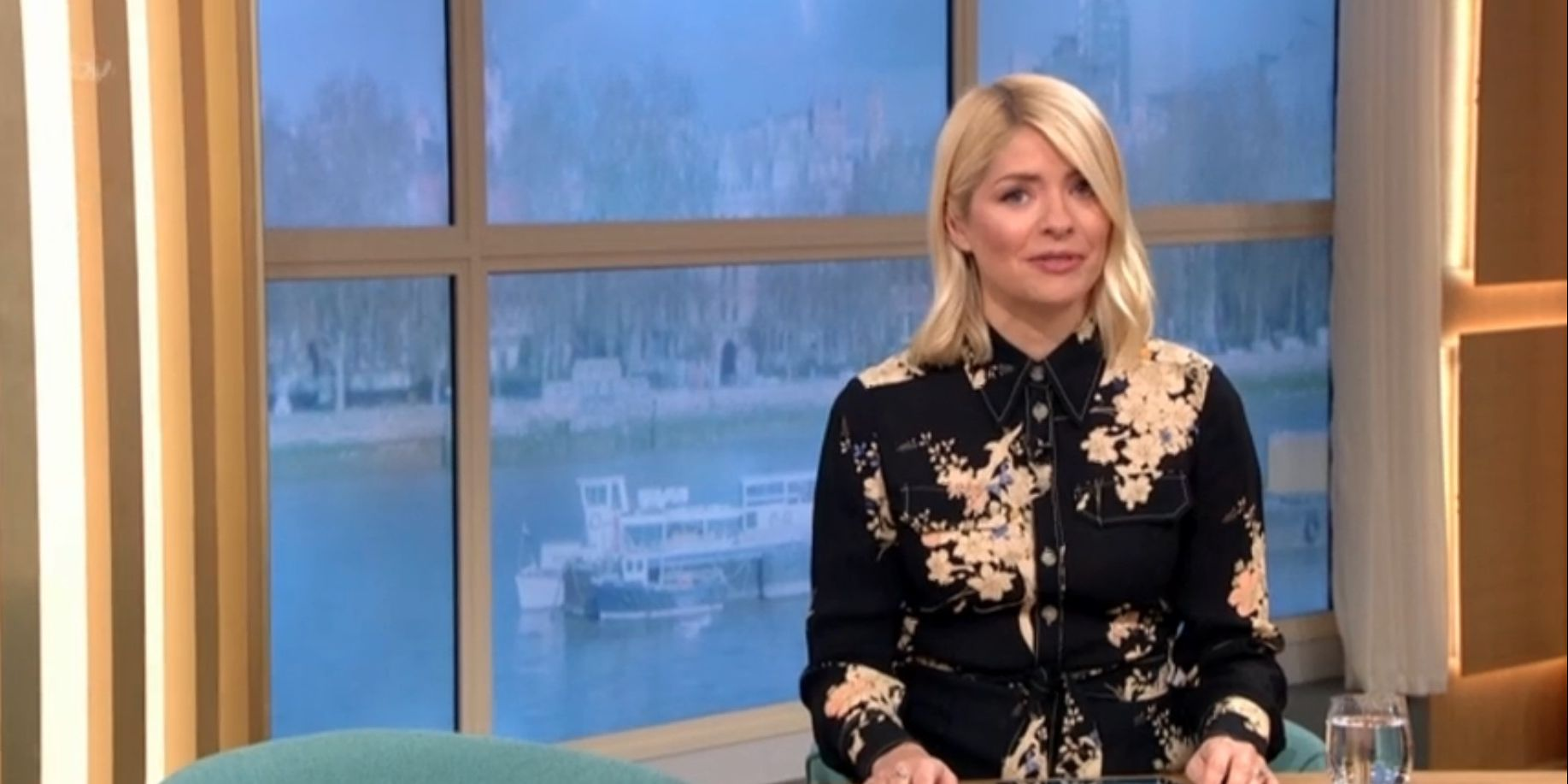 Holly Willoughby presents This Morning solo