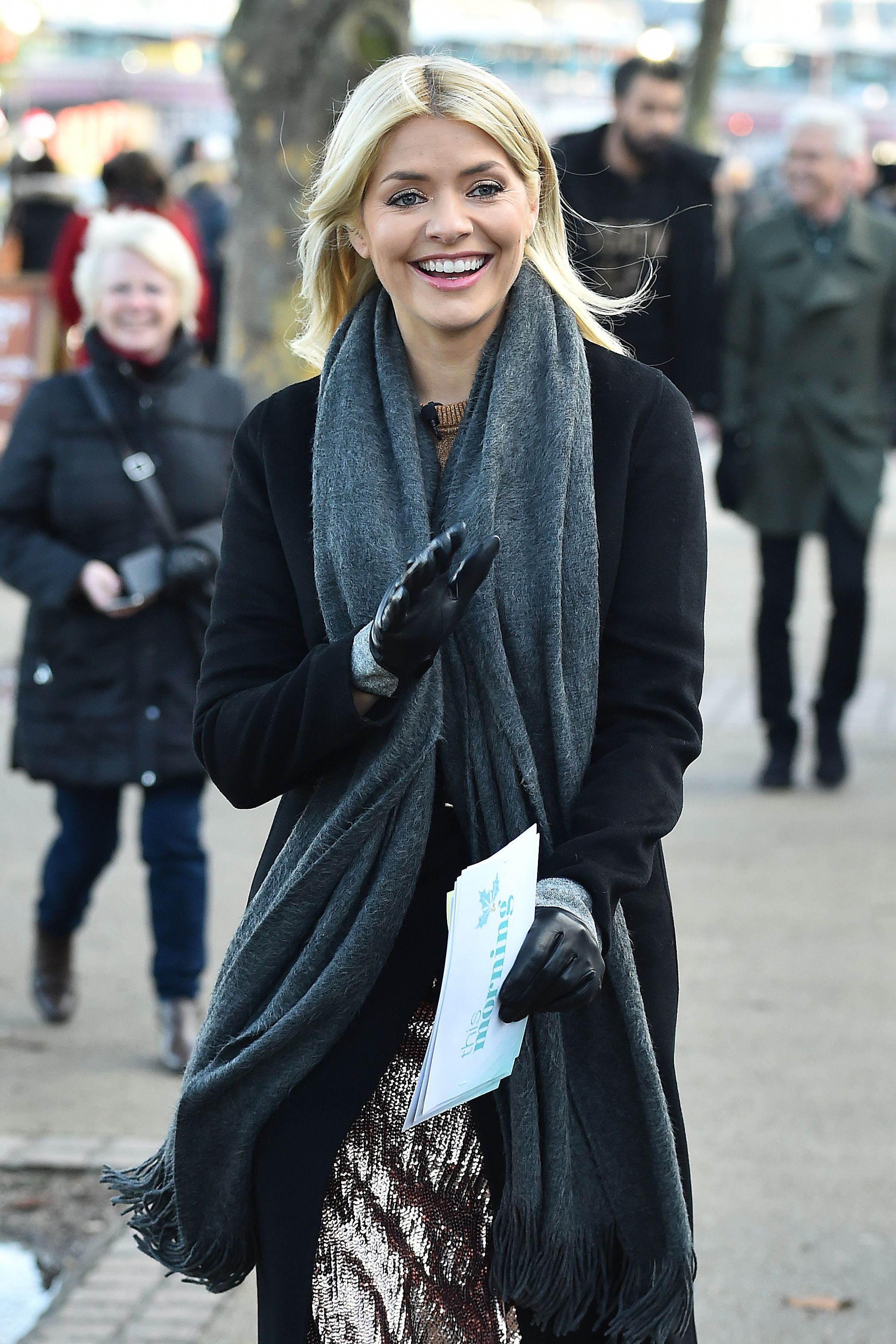 Holly Willoughby's suede Marks & Spencer skirt is a winter must-have