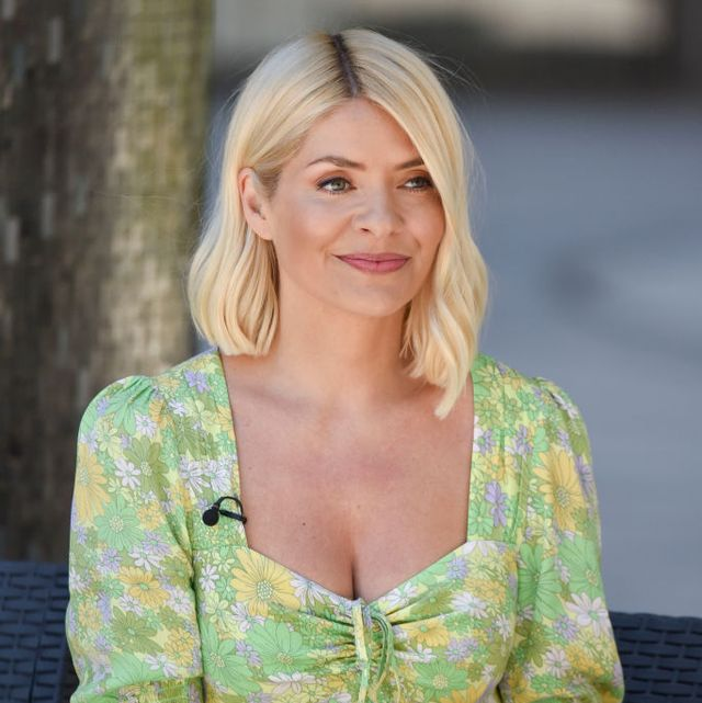 holly willoughby red long sleeved dress