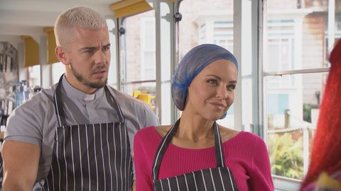 Joel Dexter and Cindy Cunningham in Hollyoaks
