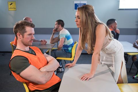 Sinead Shelby visits Laurie in Hollyoaks