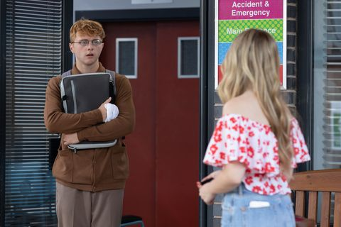 timmy and peri lomax in hollyoaks