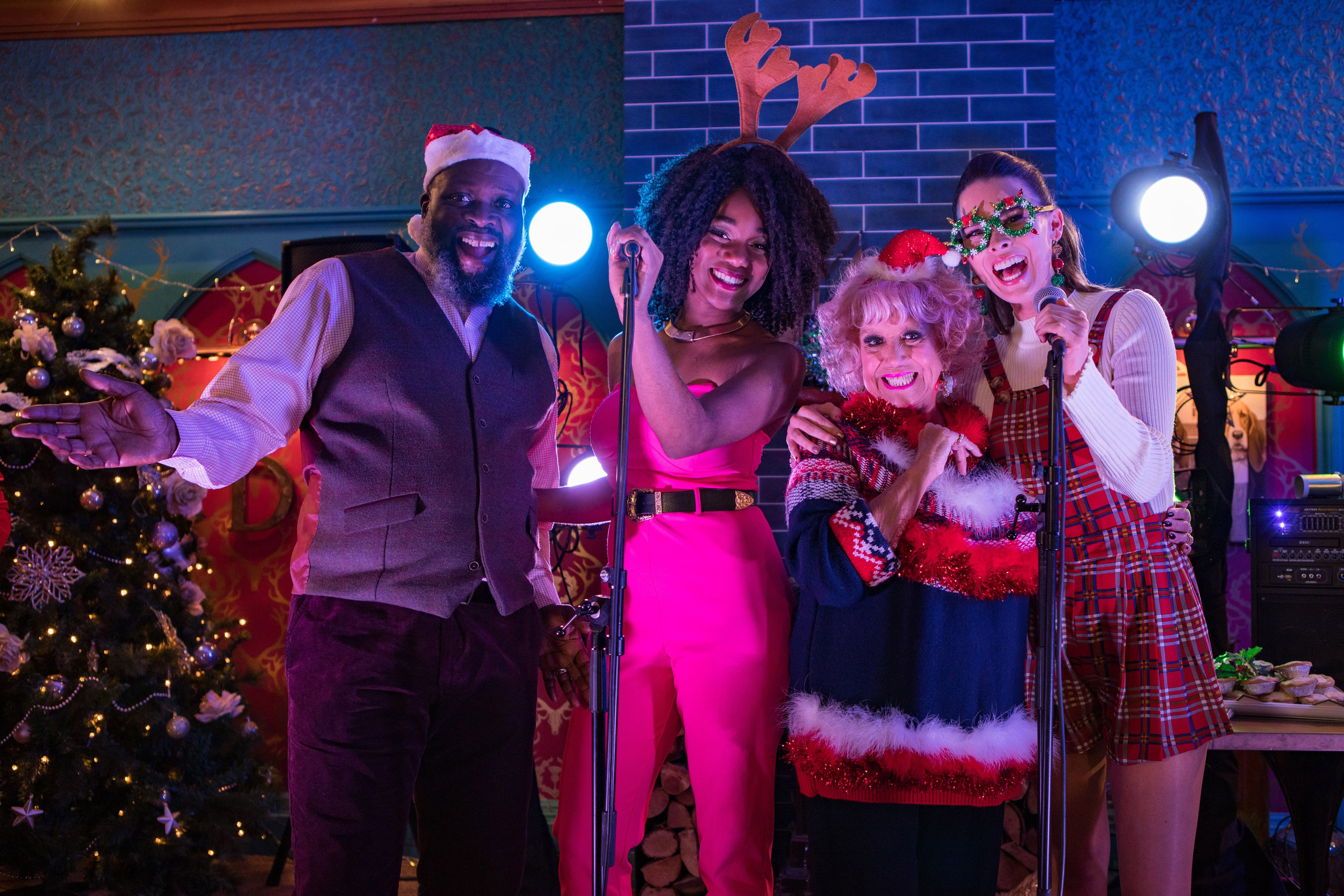 Hollyoaks to release Christmas and New Year episodes on boxset ahead of transmission