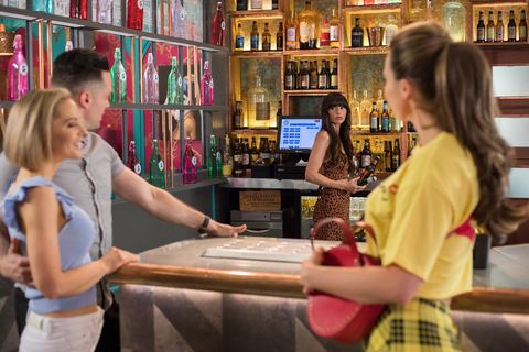 Cindy Cunningham and Liam Donovan go on a date in Hollyoaks