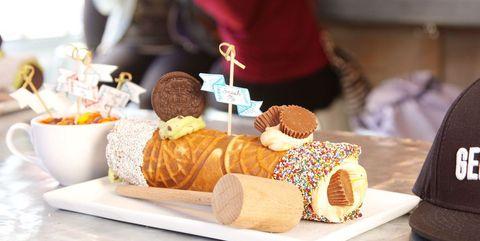 Food, Cuisine, Dish, Pastry, Dessert, Baked goods, Junk food, Sweetness, Bakery, Ingredient,