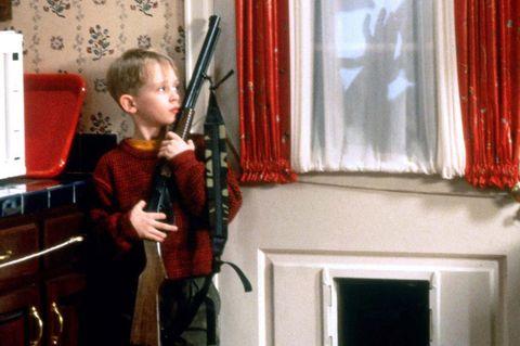 MACAULAY CULKIN HOME ALONE (1990)
