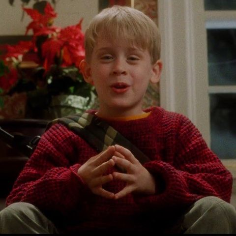 Alone For Christmas.Watch The Home Alone Christmas Reunion Trailer Home