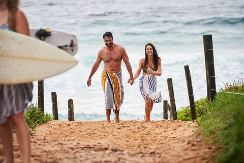 ari parata and mackenzie booth in home and away
