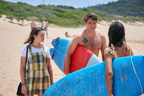 bella nixon, colby thorne and mackenzie booth in home and away