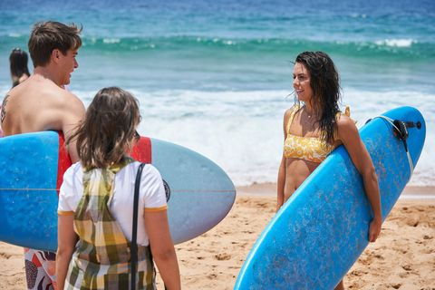 colby thorne, bella nixon and mackenzie booth in home and away