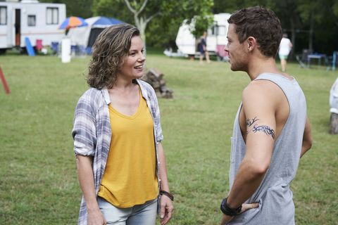 Dean Thompson is reunited with his mum Karen in Home and Away