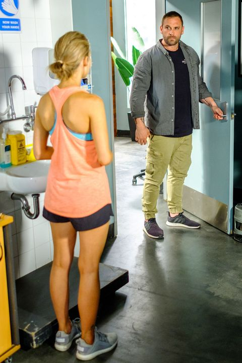 Robbo returns for Tori Morgan's ultrasound in Home and Away