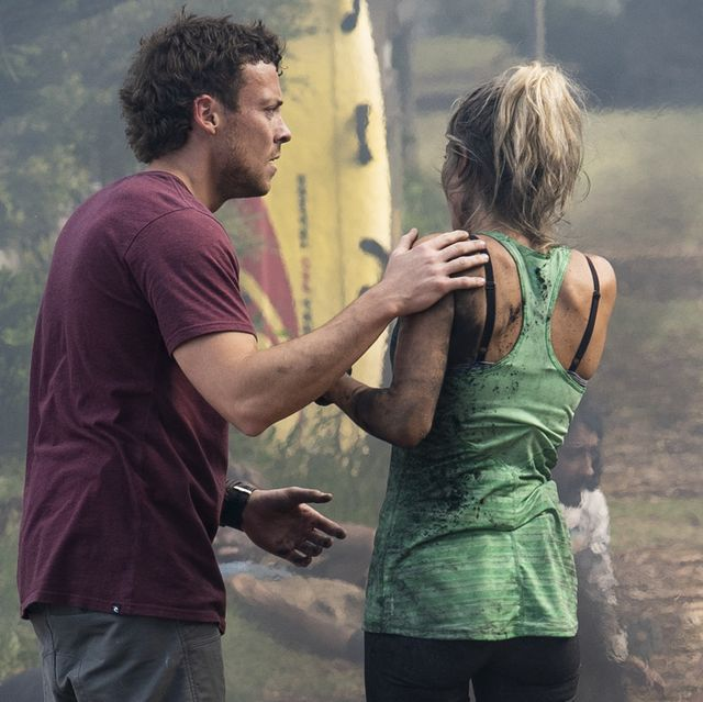 dean thompson and jasmine delaney  in home and away