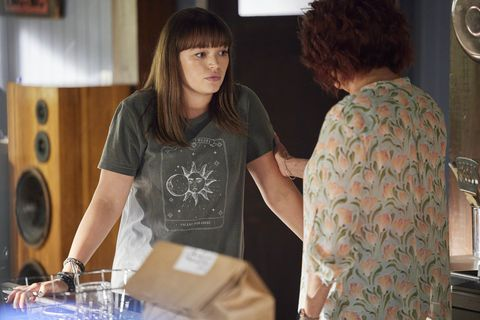 bella nixon and irene roberts in home and away