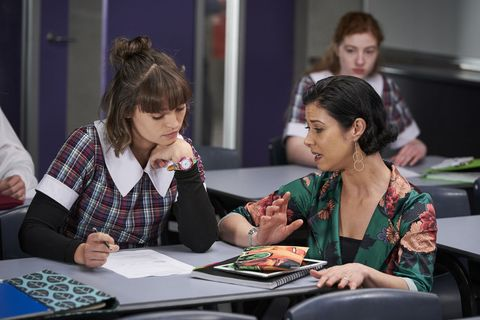 Bella Nixon struggles at school in Home and Away