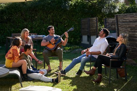 the parata family barbecue in home and away