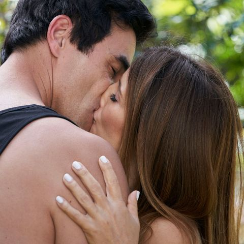 Home and Away's Leah and Justin get caught out over their no-strings relationship