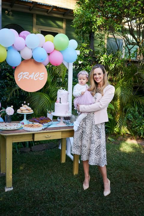 tori morgan and baby grace in home and away