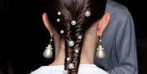 Peinados con perlas