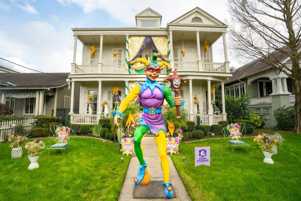 Ню Орлиънс празнува марди гра по време на пандемия Covid 19