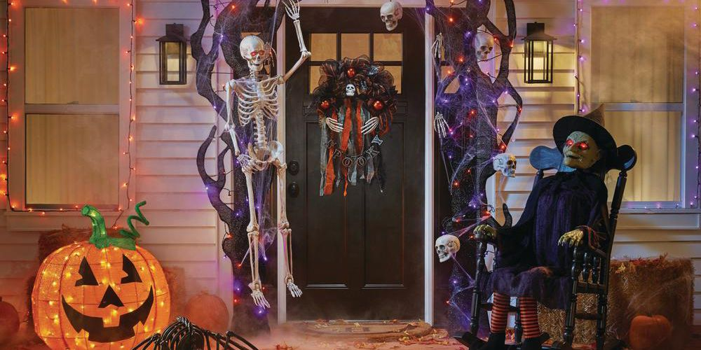 Best Home Depot Halloween Decorations & Inflatables 2018