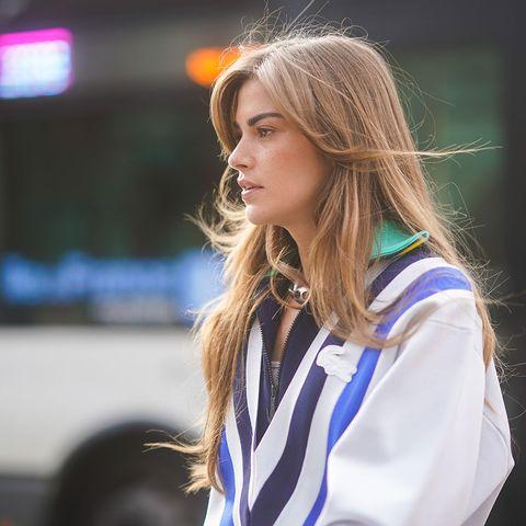 Cómo cuidar el pelo liso y frágil