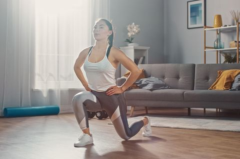 14 best home workouts for women according to personal