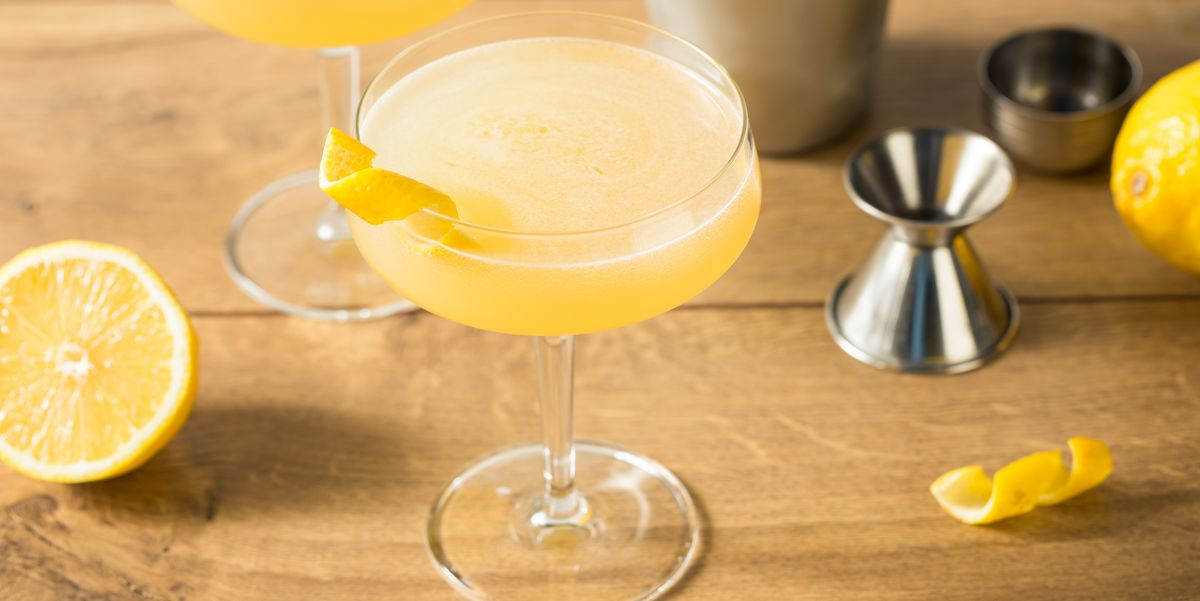 This Corpse Reviver Cocktail Is The Drink That'll Bring You Back To Life
