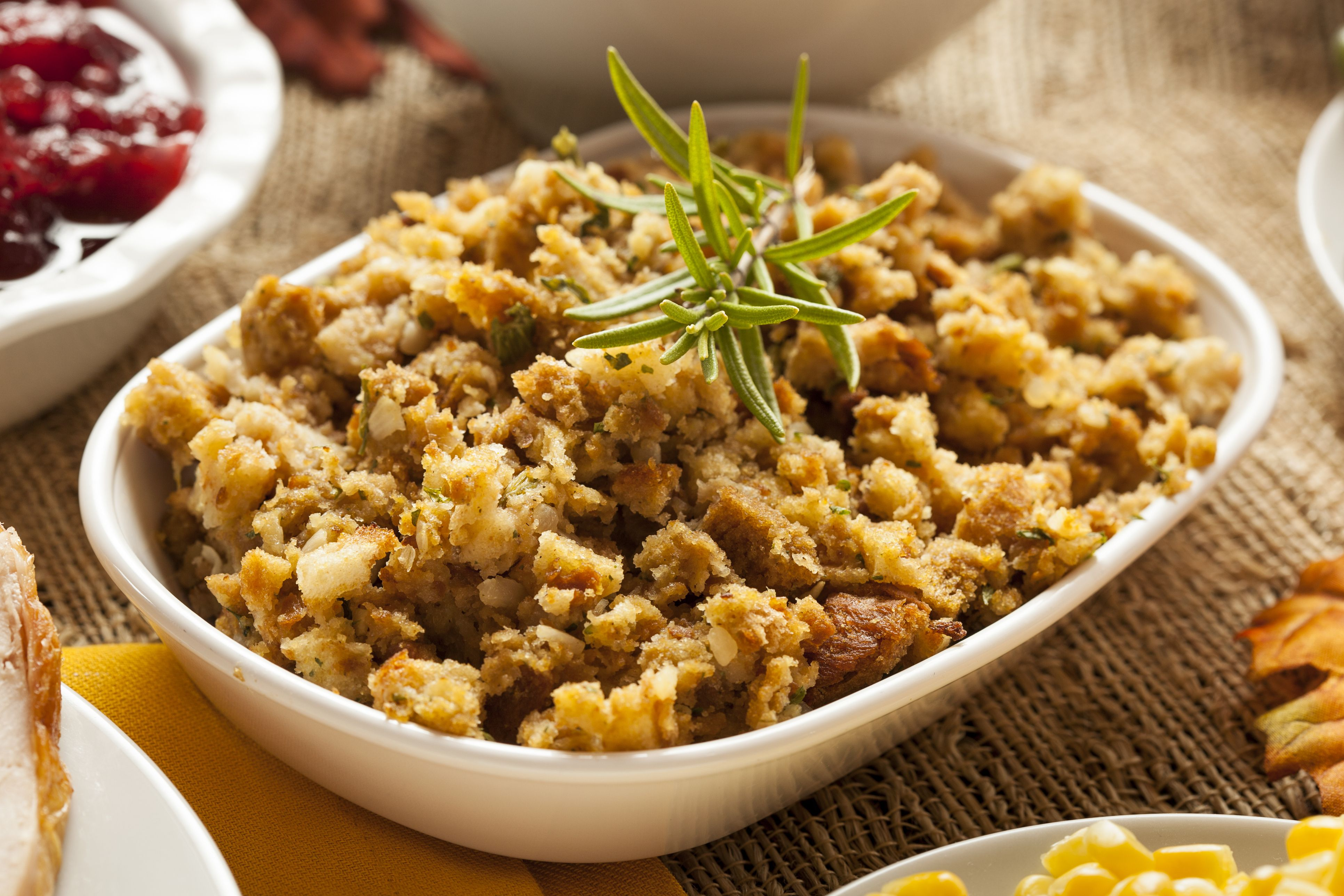 How to make irish stuffing with bread crumbs