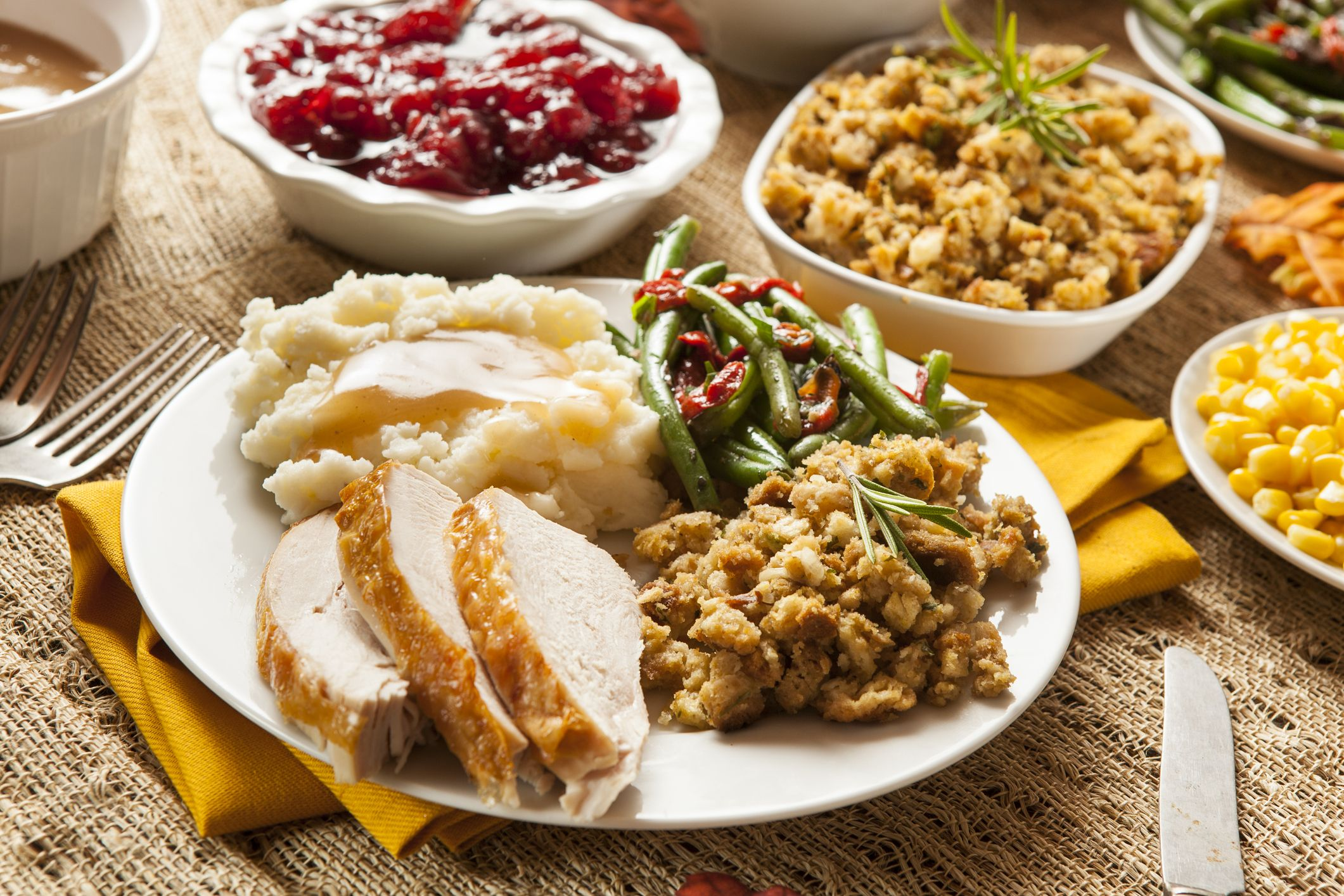13 Best Places To Buy Fully Cooked Thanksgiving Dinners Delivered
