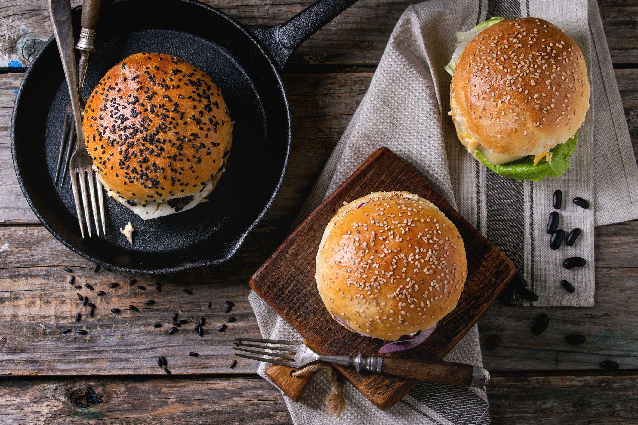 Aldi launches halloumi burgers and they sound divine