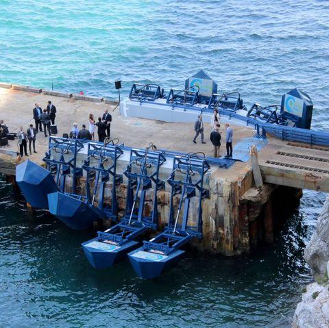 Water, Pier, Sea, Boat, Vehicle, Vacation, Coast, Breakwater, Watercraft, Tourism,