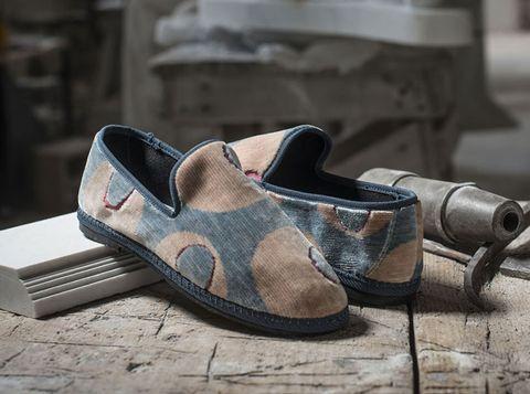 Footwear, Shoe, Brown, Beige, Dress shoe, Font, Leather, Brand, Sandal,