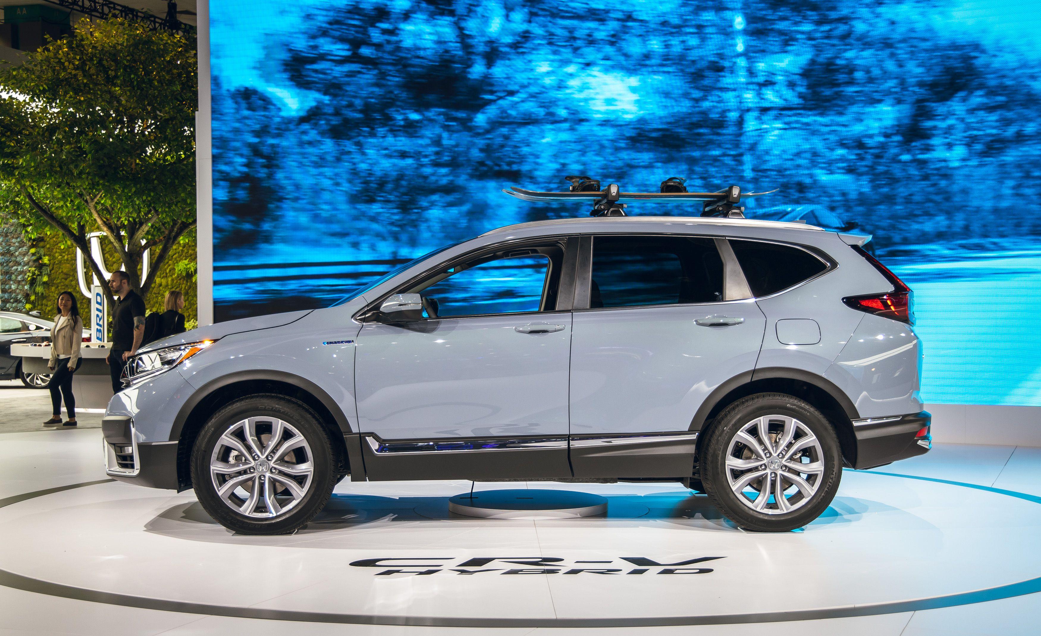 2020 Honda Cr V Hybrid Starts At 28 870 Epa Estimated At 38 Mpg
