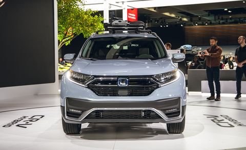 2020 Honda Cr V Adds A Hybrid Model And Gets A New Look