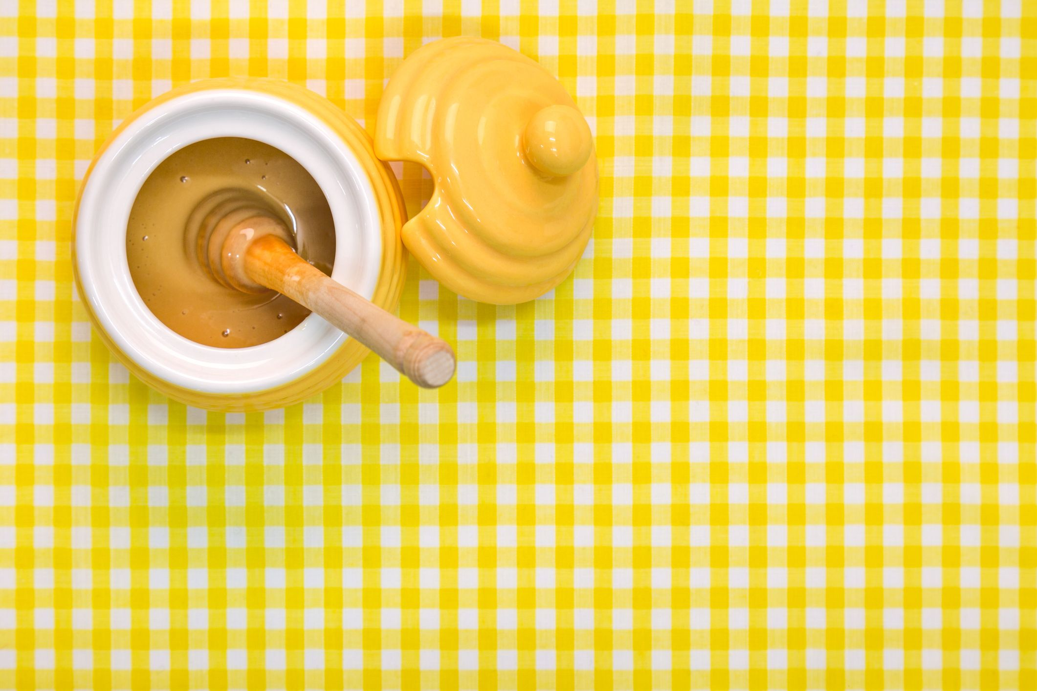 Manuka Honey Face Masks Have Tons Of Great Benefits For Your Skin