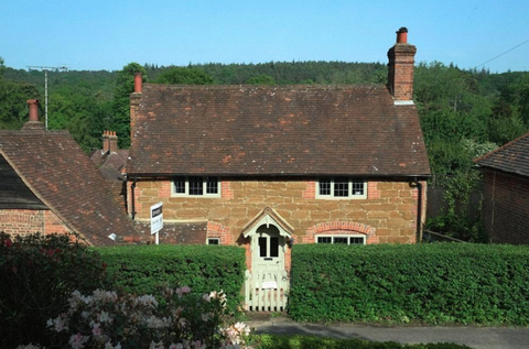 The Holiday Movie Cottage Is Up For Sale In Surrey Honeysuckle