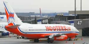 Hooters Air Takes Off From Newark