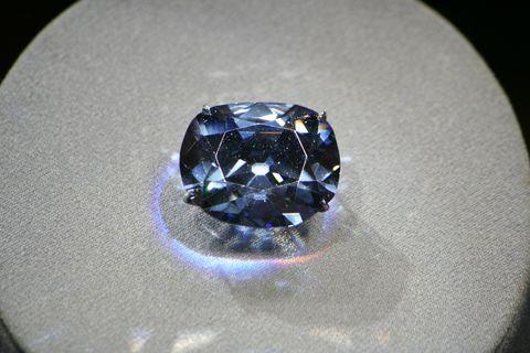 Blue, Gemstone, Cobalt blue, Sapphire, Diamond, Fashion accessory, Jewellery, Body jewelry, Crystal, Macro photography,
