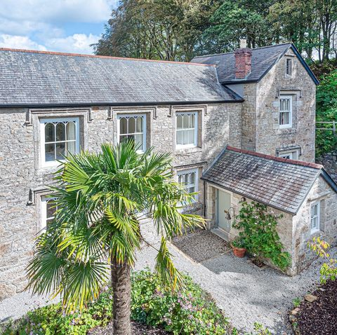 Grade II listed village house for sale in Falmouth, Cornwall