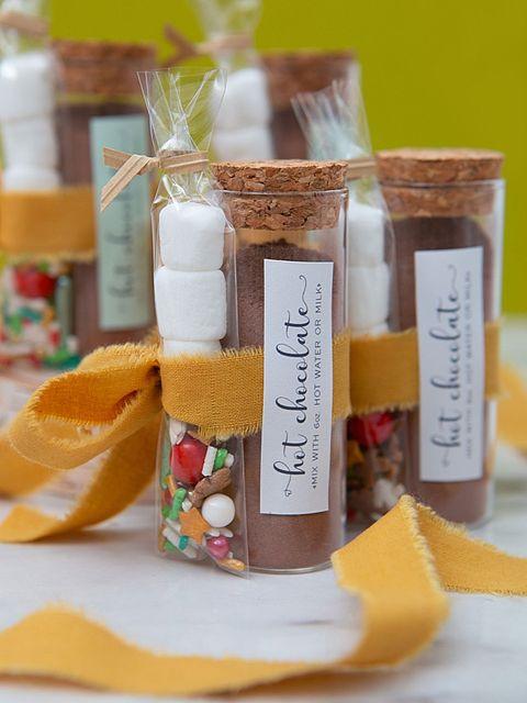 hot chocolate favors fall wedding ideas