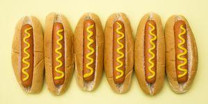 Deze bank is een hotdog! Ideaal voor de fastfood-fanaat