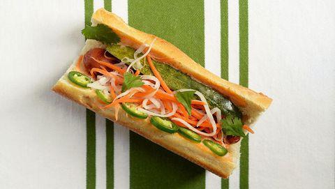 Bahn Mi Hotdog