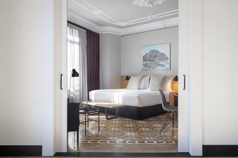 Furniture, Room, Interior design, Property, Floor, Building, Ceiling, Wall, House, Bedroom,