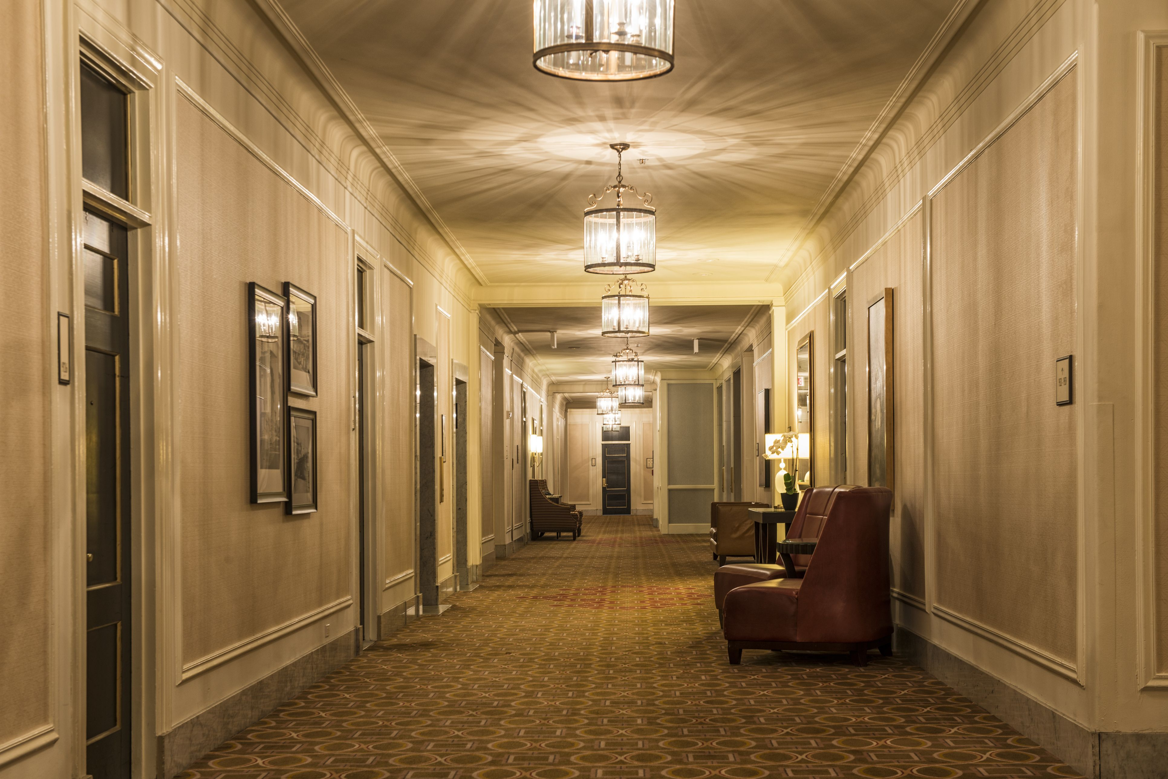 10 Most Haunted Hotels In America Real Haunted Places To Visit In 2018