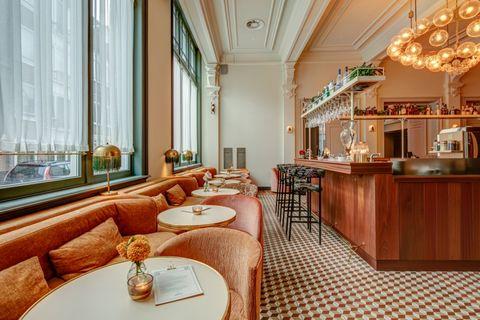 De bar van Hotel Mercier in Amsterdam.