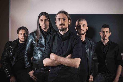 Il gruppo degli Hotel Monroe in posa per l'immagine ufficiale con il leader Roberto Drovandi