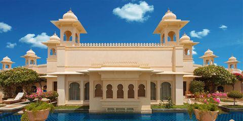 Piscina de la suite del hotel The Oberoi Udaivilas