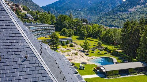 uno de los mejores hoteles de lujo al que regresar este verano en españa o cerca